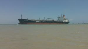 Dats a big boat!